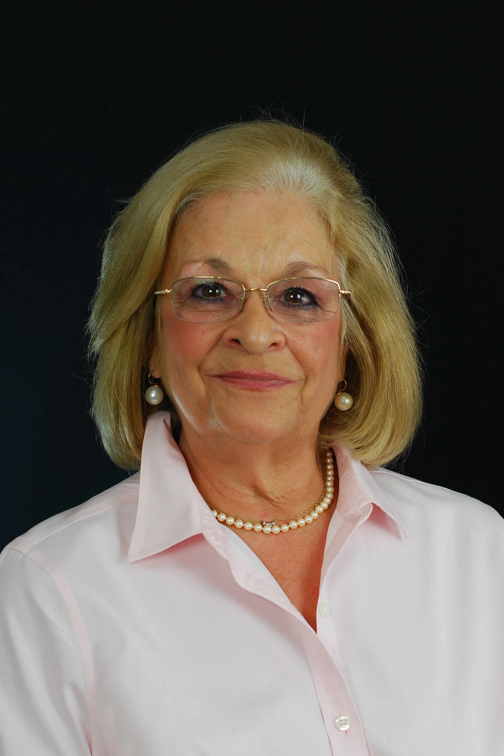 Profile Photo for Donna Kolisnyk