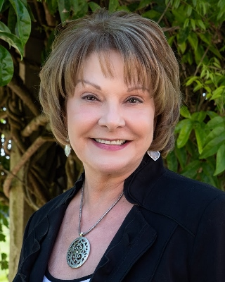 Profile Photo for Gayle Bowen